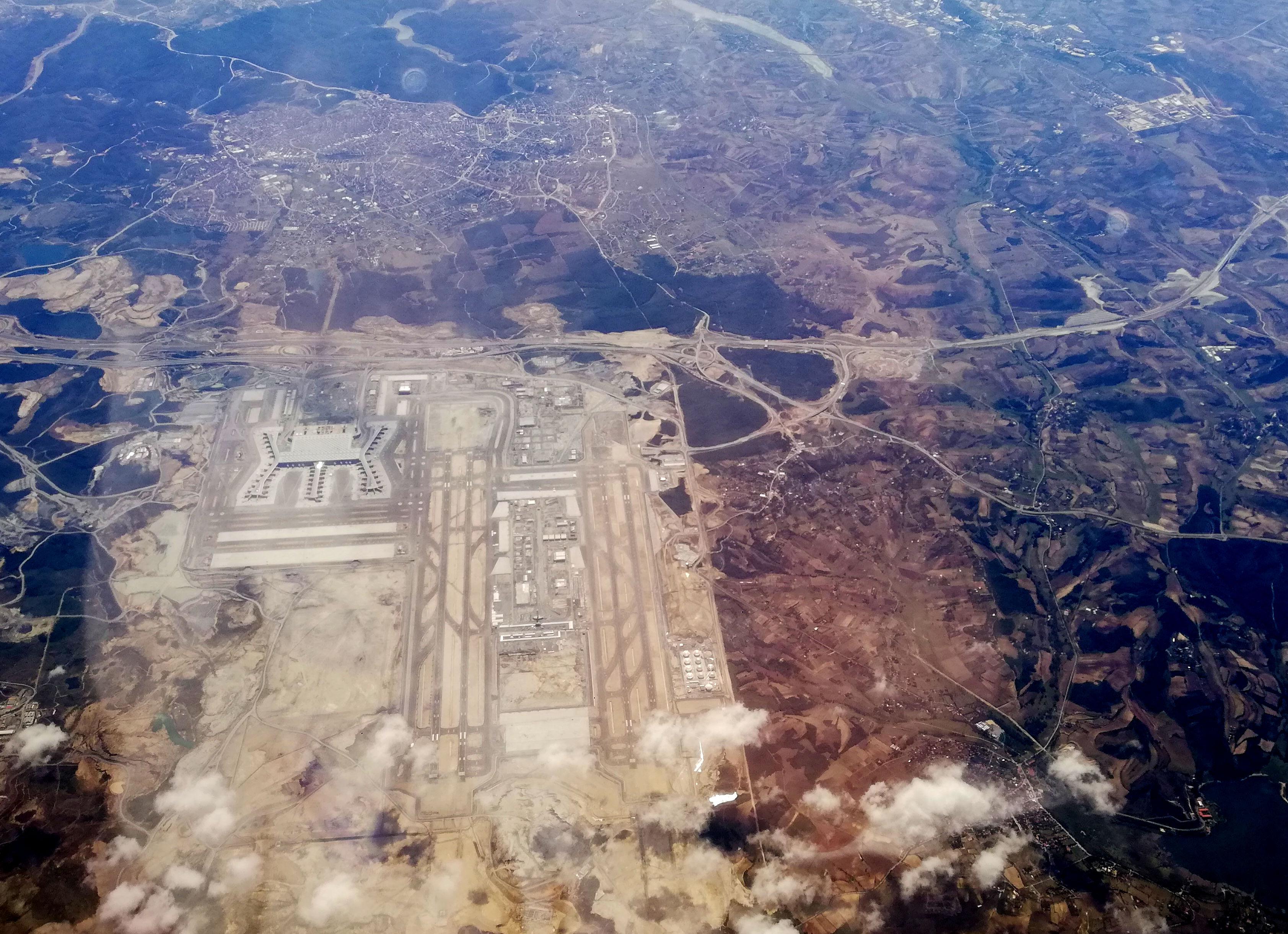 Istanbulin uuden lentokentän alue syyskuussa 2018. Kuva: Jekader/Wikimedia Commons.