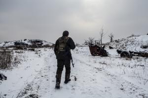 Kutsuntakarkuruus oli yleistä Ukrainassa liikekannallepanon aikana. Maa oli luopunut miehiä koskevasta asevelvollisuudesta vuonna 2013, mutta palautti sen sodan alettua. Loppuvuodesta 2015 Ukrainan korkein oikeus tunnusti aseistakieltäytymisoikeuden myös